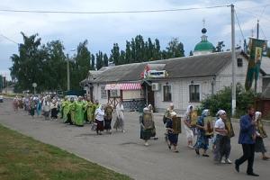 В Ливнах состоялся крестный ход, приуроченный ко Дню города