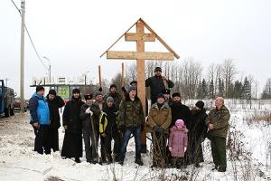 На главных въездах в город Мценск установлены поклонные кресты