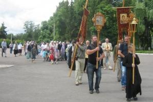 В Болхове в день празднования иконы Казанской Божией Матери прошёл Крестный ход