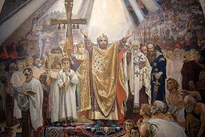 Год назад Патриарх Кирилл встретил День Крещения Руси в Орле