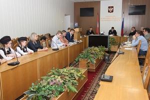Представители Орловской епархии участвовали в работе «круглого стола», посвященн