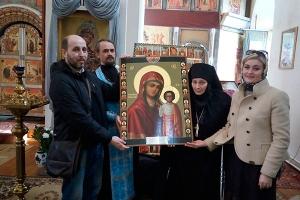 Болховскому Троицкому Оптину женскому монастырю передана старинная Казанская ико