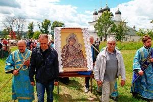 Праздник Тихвинской иконы Божией Матери в Болхове. Фоторепортаж