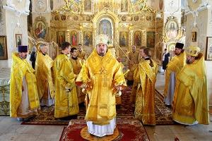 В день Крещения Руси Владыка Алексий возглавил Божественную литургию в Богоявлен