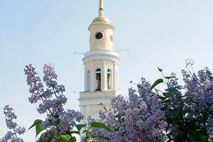 В День Победы в храмах Русской Церкви прозвучит колокольный звон в память о жерт