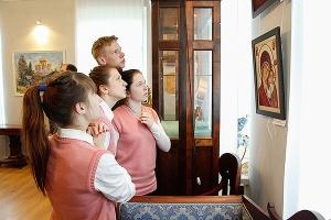 Выставка Артели православных художников пройдет в областном краеведческом музее