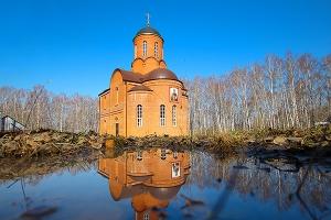 В Неделю Антипасхи епископ Нектарий и епископ Алексий совершили литургию в монастыре святого Кукши
