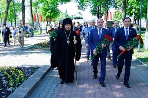 Духовенство Орловской митрополии приняло участие в митинге Памяти в сквере Танкистов