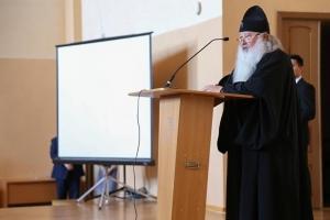 Митрополит Тихон: «Противовес терроризму — глубокое духовное образование»