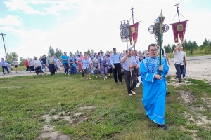 Кромчане почтили праздник Казанской иконы Божией Матери крестным ходом