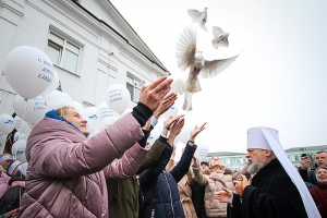 Орловская митрополия и многочисленные гости поздравили митрополита Антония с 80-летием