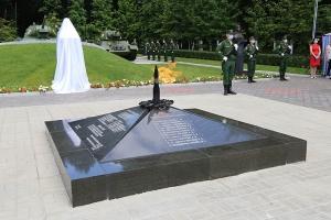 Владыка Тихон участвовал в открытии обновленного памятника танкистам-гвардейцам во Мценском районе