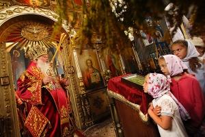 Митрополит Тихон совершил Литургию в Пантелеимоновском храме с. Плещеево в день престольного праздника