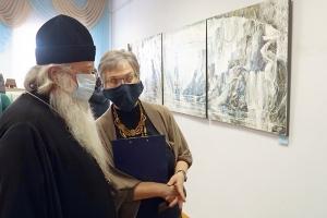 Митрополит Тихон посетил открытие выставки живописи Игоря Медведева «Зачарованный странник»