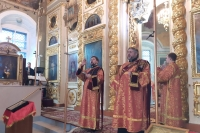 В день памяти священномученика Илариона (Троицкого) митрополит Орловский и Болховский Тихон совершил литургию в Ахтырском кафедральном соборе Орла. 28 декабря 2019 г.