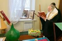 Митрополит Орловский и Болховский Тихон освятил купол и крест подворья монастыря святого Кукши