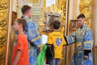 В канун празднования Ахтырской иконе Божией Матери митрополит Орловский и Болховский Тихон совершил всенощное бдение в Ахтырском кафедральном соборе Орла. 14 июля 2020 г.