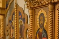 В праздник Собора Пресвятой Богородицы митрополит Орловский и Болховский Тихон совершил Божественную литургию в храме Казанской иконы Божией Матери в п. Нарышкино. 8 января 2021 г.